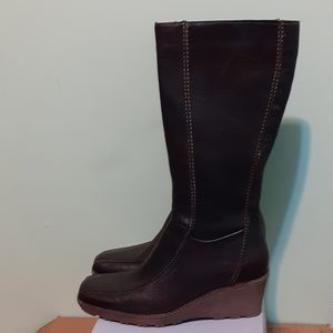 100%LEATHER lined,full Zip+Wedge Boot Chocolate w9
